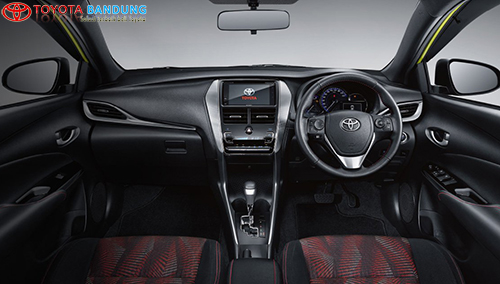 INTERIOR TOYOTA YARIS 2018