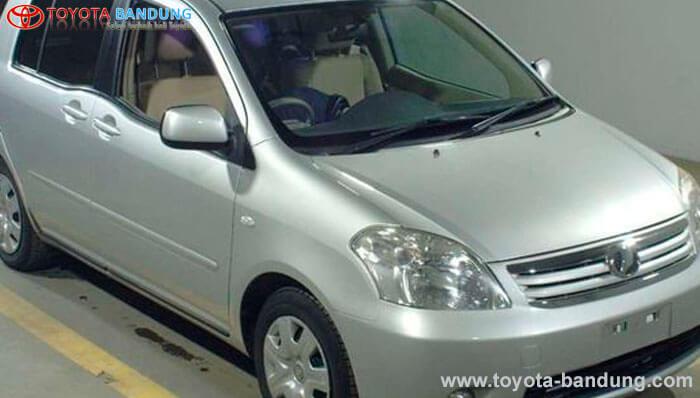 Toyota Pernah Produksi MPV Keren Sekelas Avanza