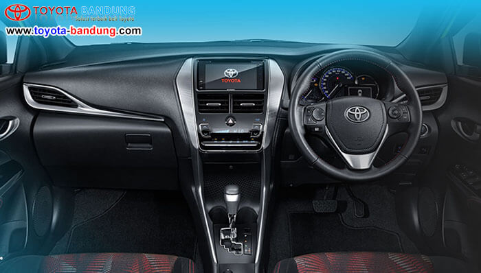Interior Toyota New Yaris